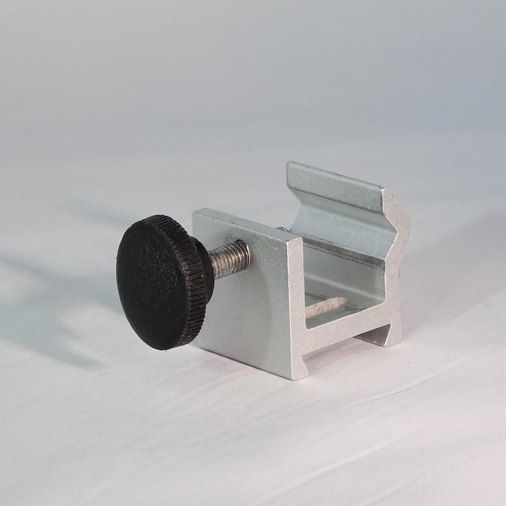 Baxter 150/300 XL Non-Lockable Pole Clamp 2L3212